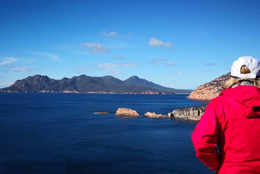 Freycinet-walk-Tasmania