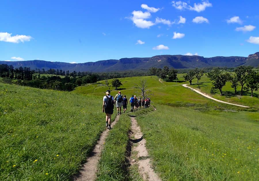Six Foot Track 3 Day Walk