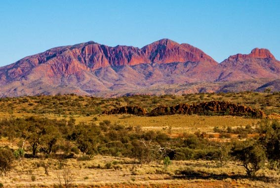 7 Day East MacDonnell Ranges & Larapinta Trail Walk