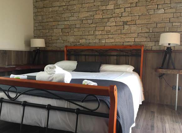 accommodation-Six-Foot-Track-alternative
