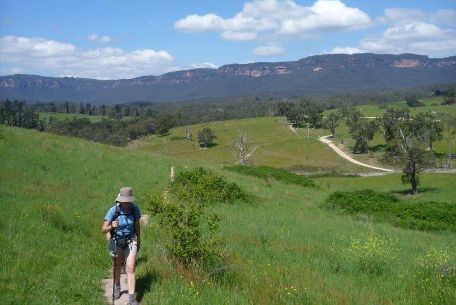 The Historic Six Foot Track walk: Katoomba to Jenolan Caves